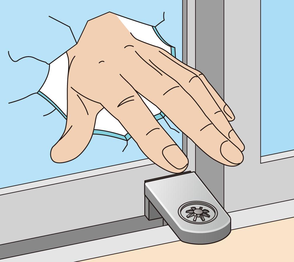 補助錠の黒いカギを外したおかげで、再度窓を割られても補助錠を簡単に開けることができず、さらに侵入が困難に!