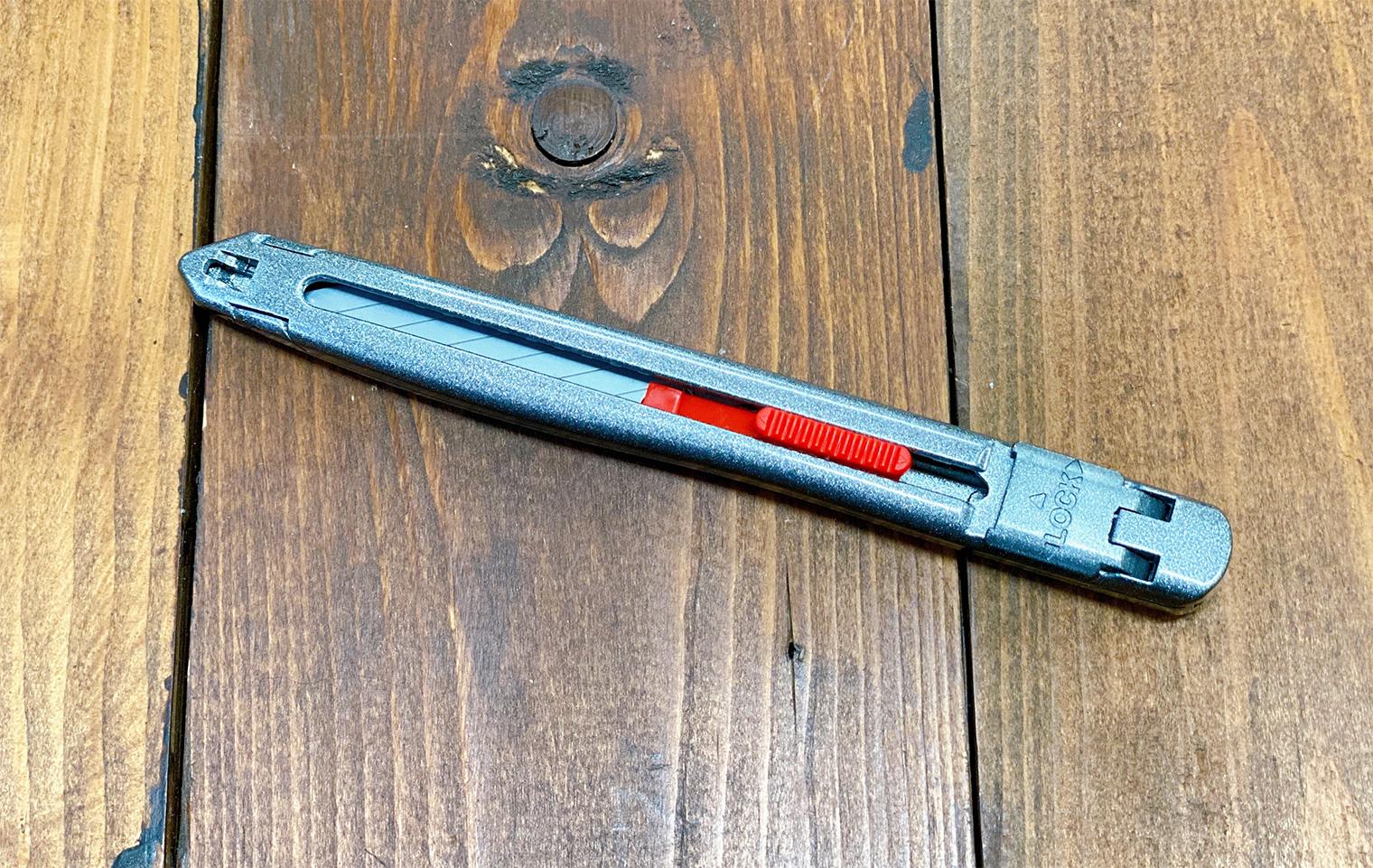 新製品のカッターナイフ『GLANZ(グランツ)』